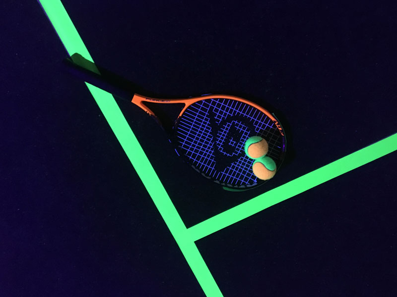 Tennis evenement Glow in the dark tennis