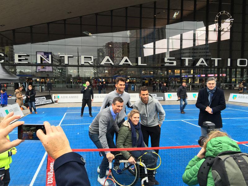 Tennis evenement Mobeiele Tenniscoart Rotterdam Centraal
